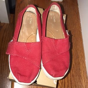 Toms Shoes - Kids Gently used Red Classic Toms size 11
